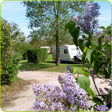 places for tents, caravans or motorhomes - Camping de Gourjade